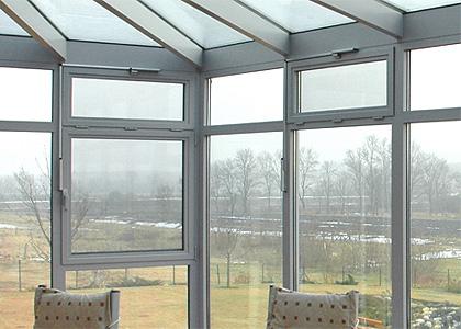 wintergarden_window_hopper_1